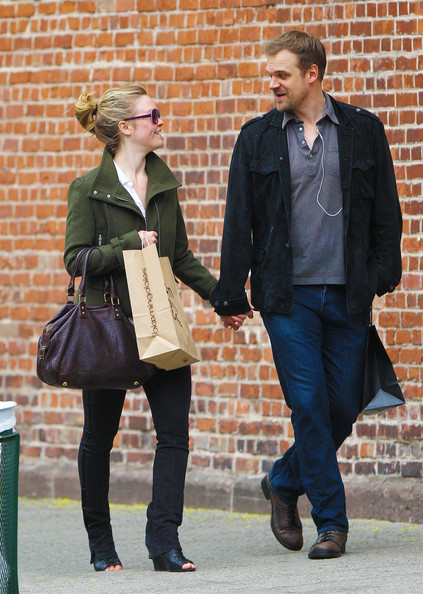 Julia Stiles and David Harbour Shop in NYC []