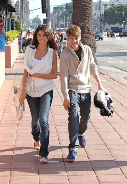 Justin Bieber and Selena Gomez at the Santa Monica Pier