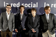 """Justin Timberlake, Andrew Garfield, Jesse Eisenberg and Aaron Sorkin pose for photos together at the presentation of their new film """"The Social Network"""" in Madrid."""