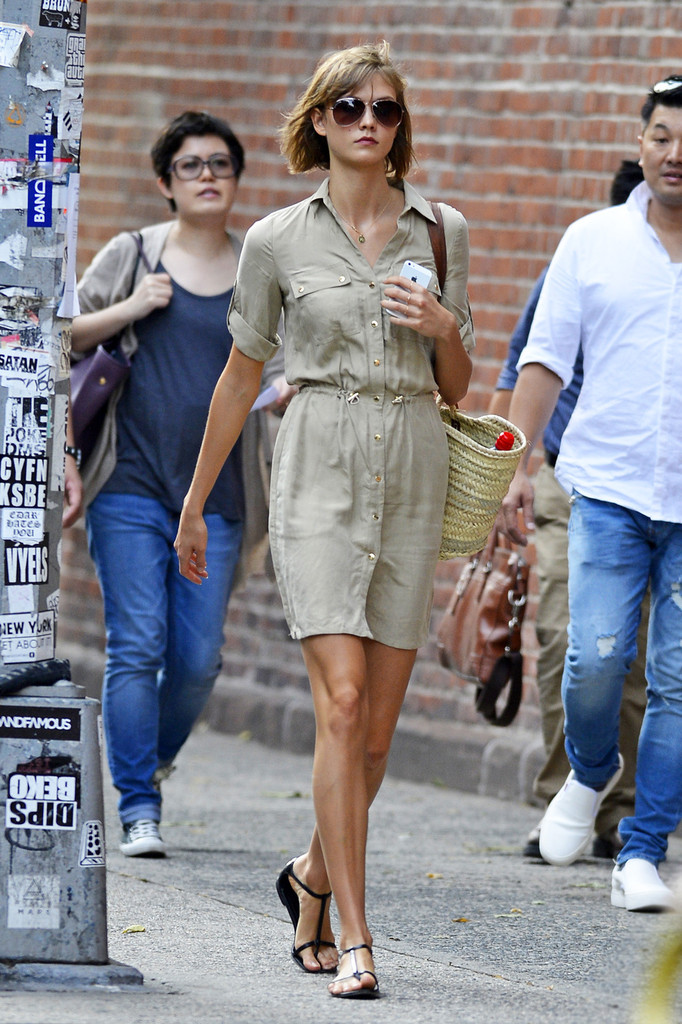 Karlie Kloss' Perfect Transitional Dress for Fall