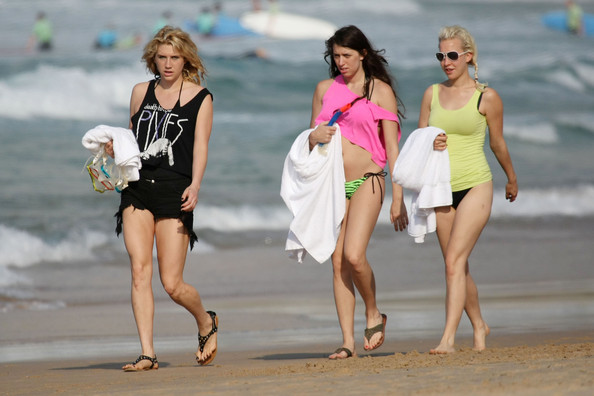 kesha bathing suit pictures 2011. Kesha Ke$ha, wearing a Pixies