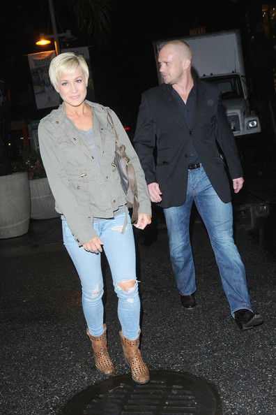 Swell Kellie Pickler And Kyle Jacobs Photos Photos Kellie Pickler Out Short Hairstyles Gunalazisus