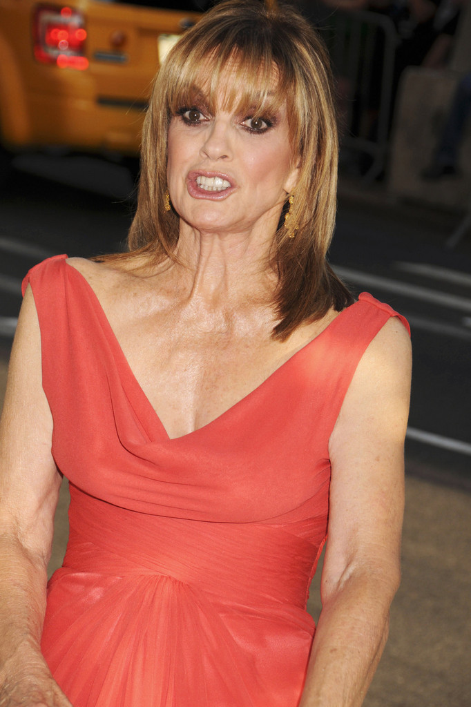 Linda Grey Photos Photos The 2011 Cfda Fashion Awards In