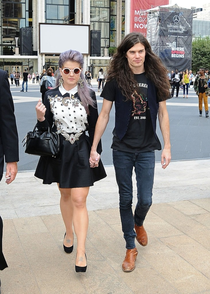 Kelly Osbourne and boyfriend Matthew Mosshart seen ...