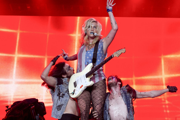 Kesha - Ke$ha Performs Rock in Rio in Brazil