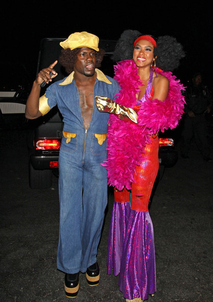 kevin hart attends a halloween party