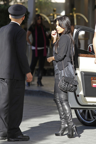 kim kardashian and kris humphries pictures. Kim Kardashian and Kris