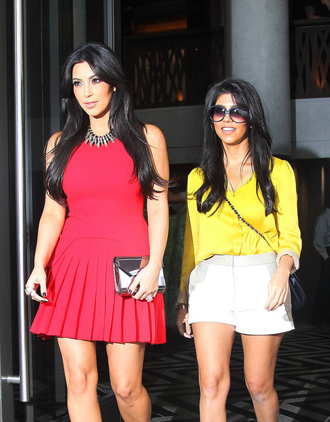 Photo of Kim Kardashian & her Sister  Kourtney Kardashian