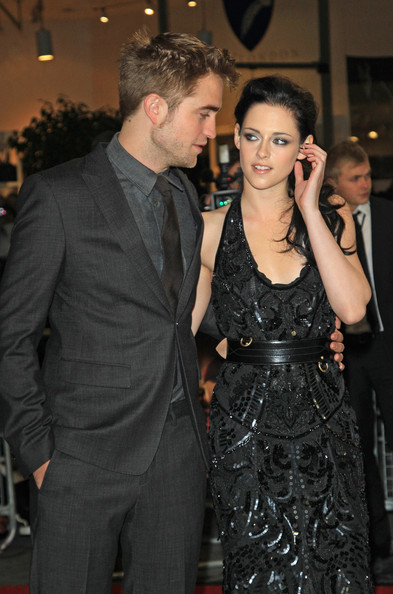Kristen Stewart - Celebs at the 'Breaking Dawn' Premiere