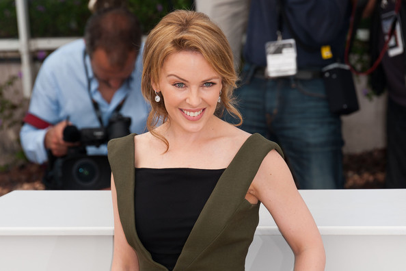 Kylie photos > candids, shoots, eventos... - Página 11 Kylie+Minogue+Kylie+Minogue+Cannes+Film+Fest+GP4gWo1jK0tl