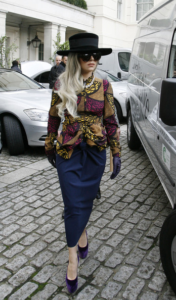 Lady Gaga - Lady Gaga stepping out in an outfit reminiscent of the 80s Buffalo Girls as greets her fans before she leaves the Lanesborough Hotel in London