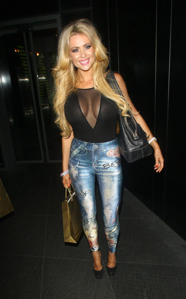 Nicola Mclean Nicola Mclean Photos Lauren Goodger Seen