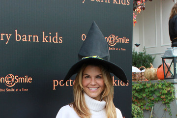 Lori Laughlin Stars at a Halloween Carnival
