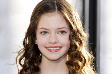 Mackenzie Foy 'The Conjuring' Premieres in LA — Part 4