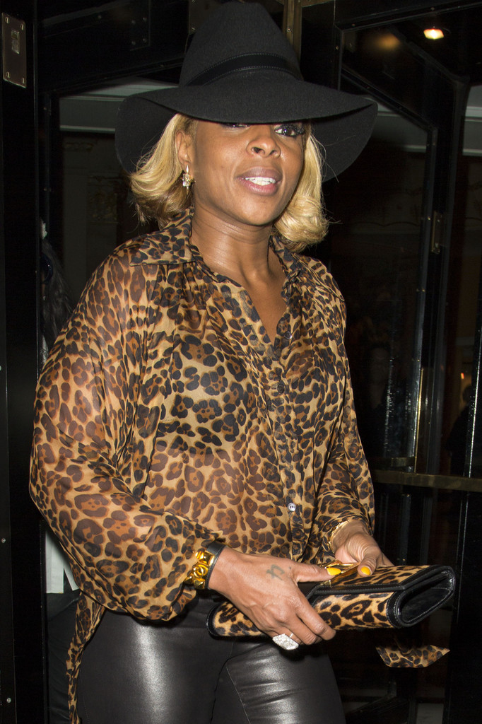 Mary J. Blige - Mary J. Blige at the Dorchester Hotel