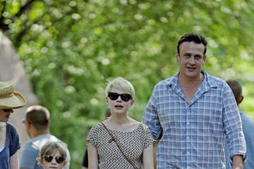 Matilda Ledger Jason Segel and Michelle Williams Take Matilda to the Zoo