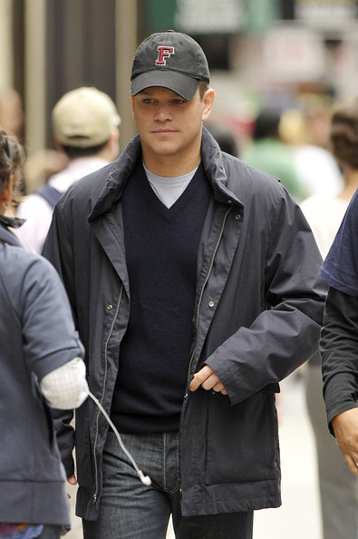 "Matt Damon Films ""The Adjustment Bureau"" []"