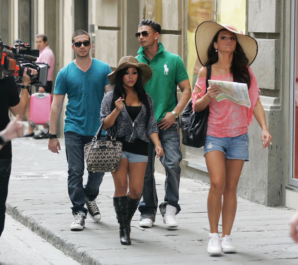 'Jersey Shore' Cast Shops In Central Florence