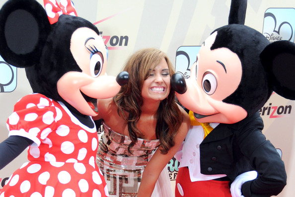 mickey mouse and minnie mouse photos photos premiere of camp rock
