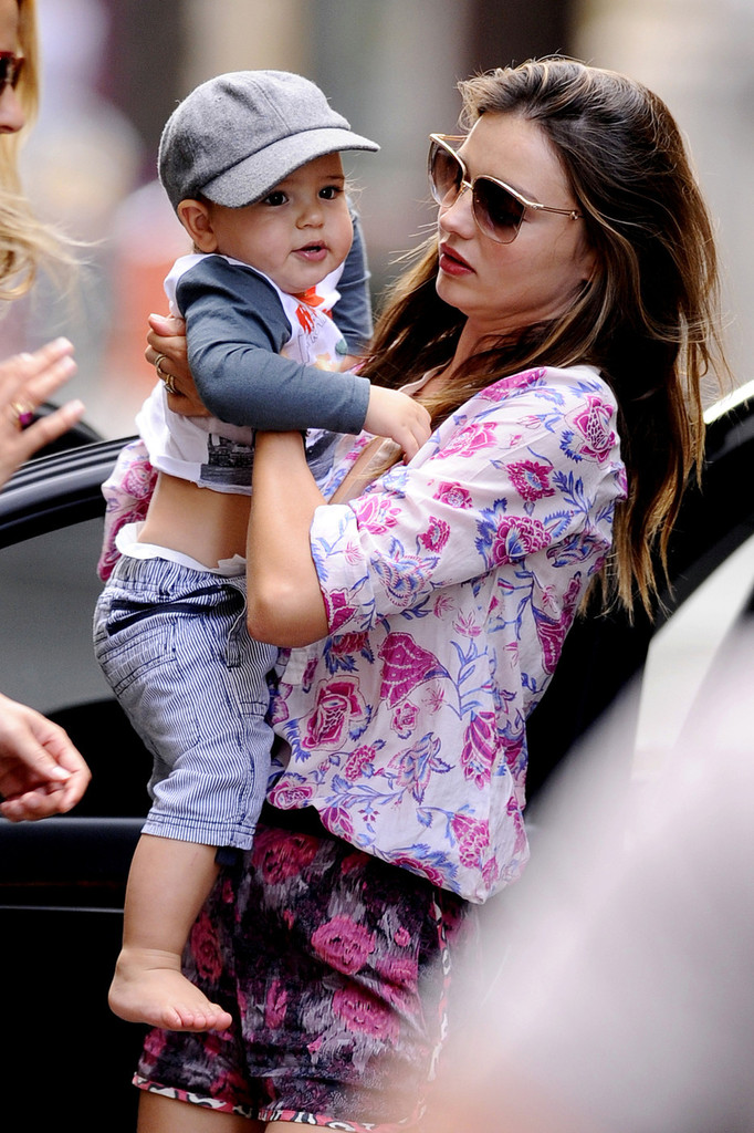 Miranda Kerr And Flynn Out In Nyc Zimbio