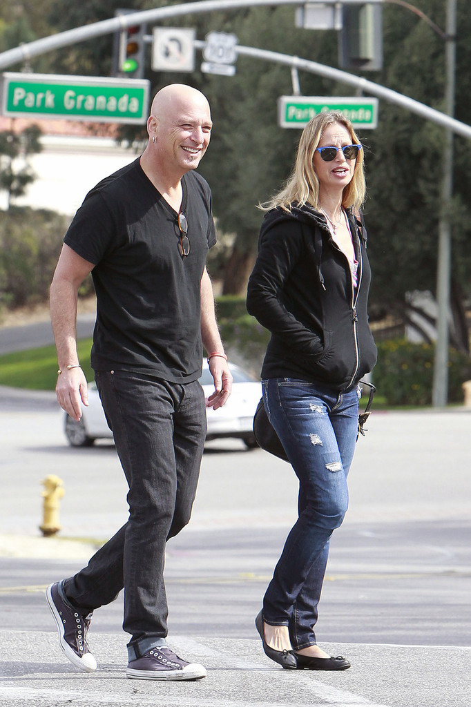 Terry Soil Photos Photos - Howie Mandel and Wife Leave ...