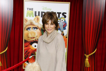 Lisa Rinna World Premiere of 'The Muppets' in LA