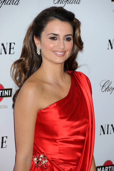 Penelope Cruz - Nicole Kidman's Make-Up Malfunction - Zimbio
