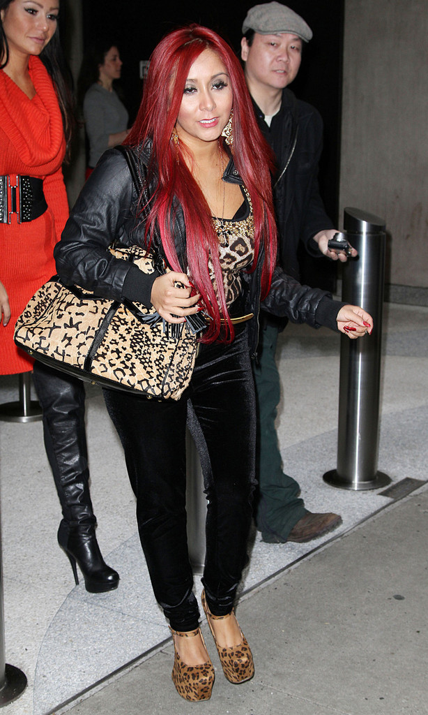 ea98002a374 Nicole Polizzi Photos»Photostream · Main · Articles · Pictures · Snooki Out  and About in NYC