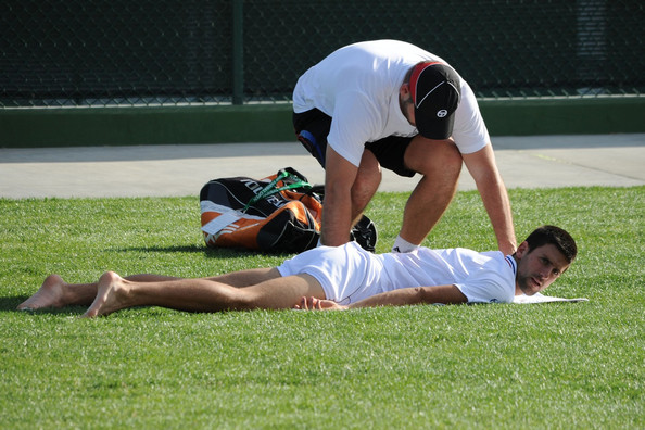how to become a football masseur