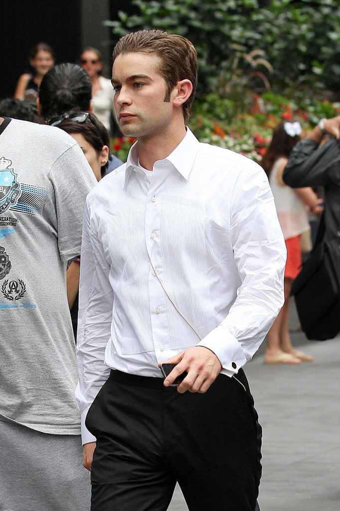 Chace Crawford SHAG-TREE! Dating history, relationship tree, etc...