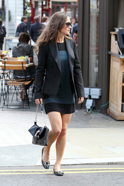 Pippa+Middleton+lunches+mystery+male+London+eA1T44xewP3l.jpg