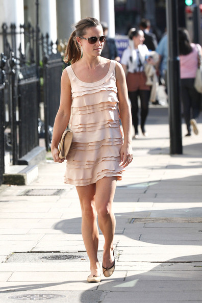 pippa middleton in nude color dress