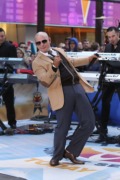 Pitbull - Pitbull Performs on 'The Today Show'