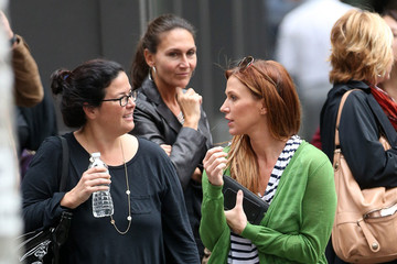 Poppy Montgomery Poppy Montgomery Hangs Out with a Friend