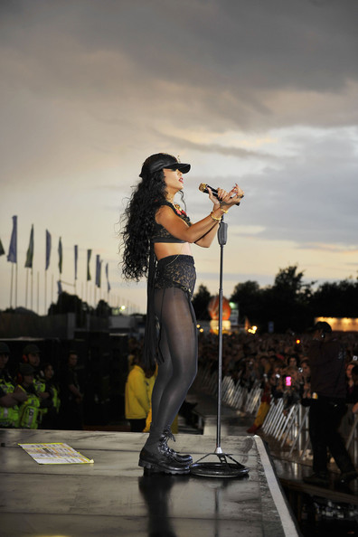 Rihanna - Rihanna takes the stage at the Barclaycard Wireless festival in Hyde Park, London