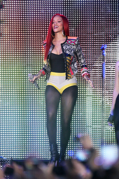 Rihanna in Rihanna Performs in New York City's Times Square