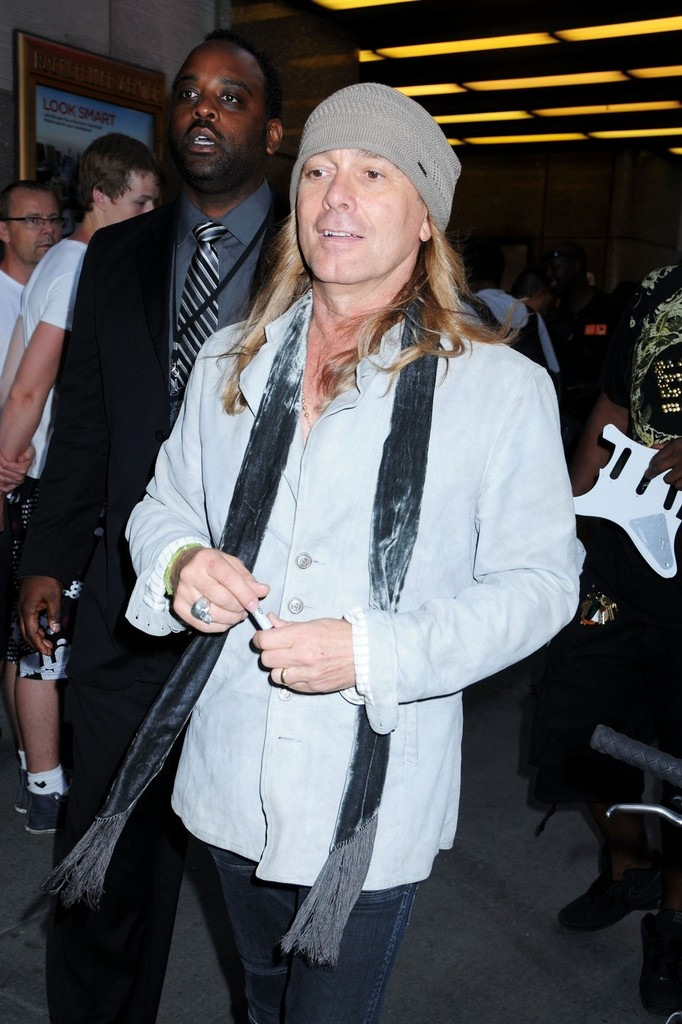 Cheap Trick Photos Photos Celebs Visit Jimmy Fallon