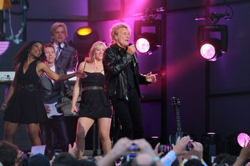 Rod Stewart Rod Stewart Performs on 'Jimmy Kimmel Live!' 2