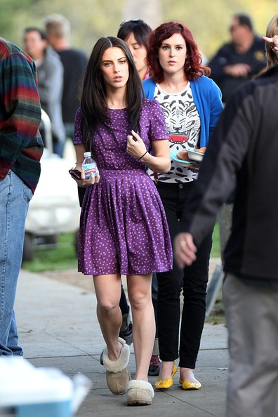 "Rumer Willis and Jessica Lowndes Filming ""90210"""