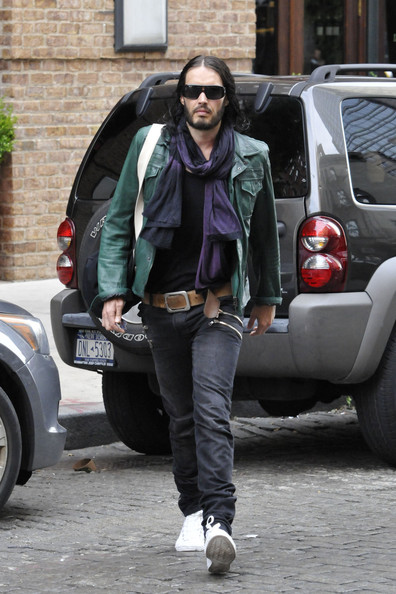 Russell Brand - Russell Brand Out in NYC
