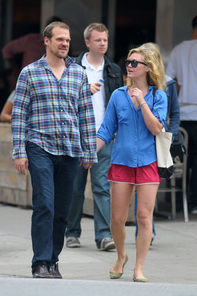 Actress michelle williams dating zac 10