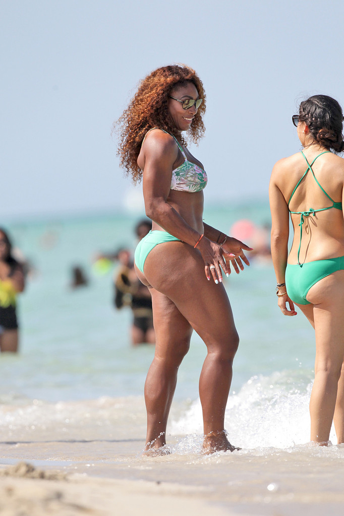 Venus & Serena Williams - 3 - Page 8 Serena+Williams+Serena+Williams+Beach+lqLMiDTK6Jhx