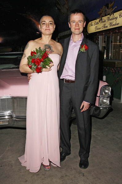 Sinead O'Connor Marries in Vegas []