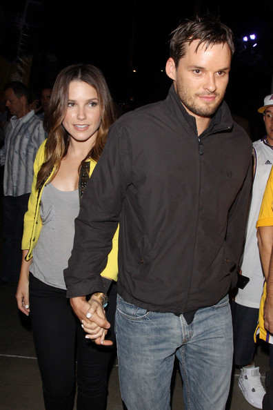 James Lafferty and Sophie Bush, Source: Zimbio