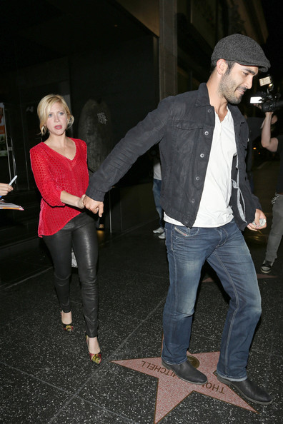 brittany snow and her boyfriend out to dinner zimbio