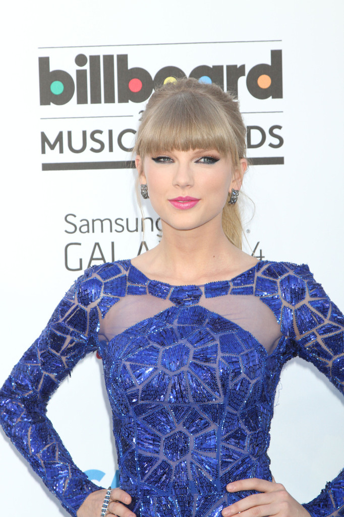 Taylor Swift - Arrivals at the Billboard Music Awards