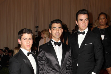 The Jonas Brothers Celebs on the Red Carpet at the Met Gala in NYC