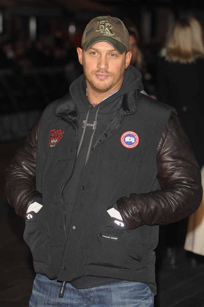 http://www4.pictures.zimbio.com/pc/Tom+Hardy+UK+Premiere+Jack+Reacher+2+FUGxCnOnV_mx.jpg