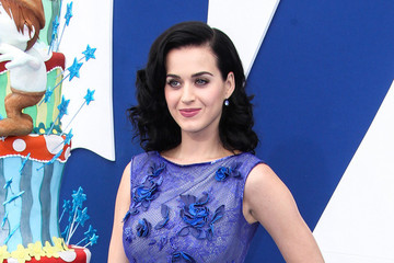 Westwood Stars at the Premiere of 'The Smurfs 2' — Part 2