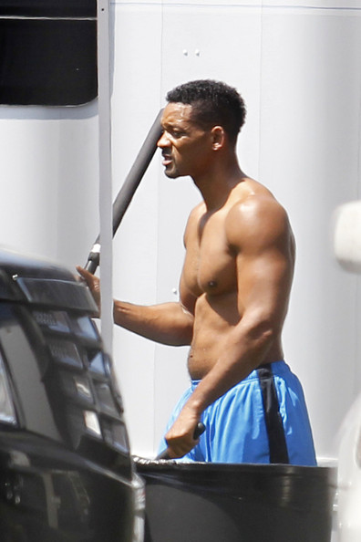 August Alsina Shirtless Will smith goes shirtless for